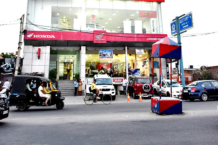 lohchab-honda-showroom-rohtak